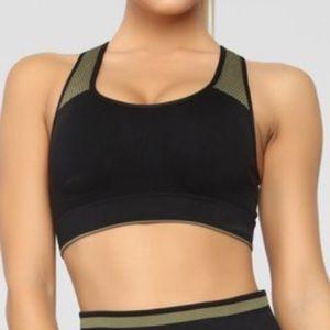 Active sports bra